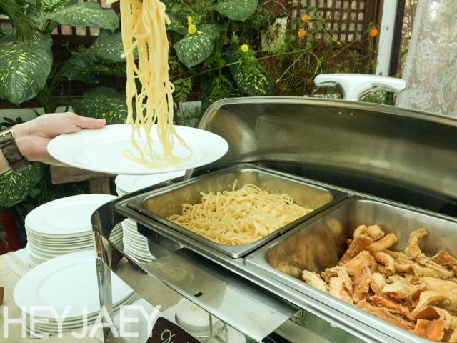 heyjaey sonya's garden pasta station
