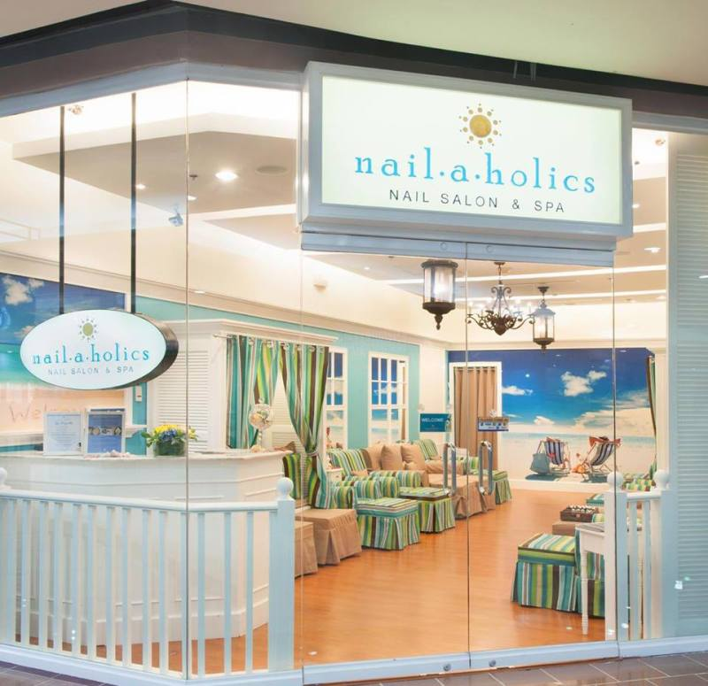 nailaholics salon