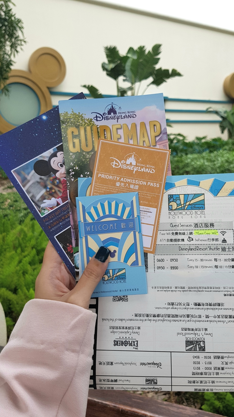 Check in at Disneyland Hong Kong